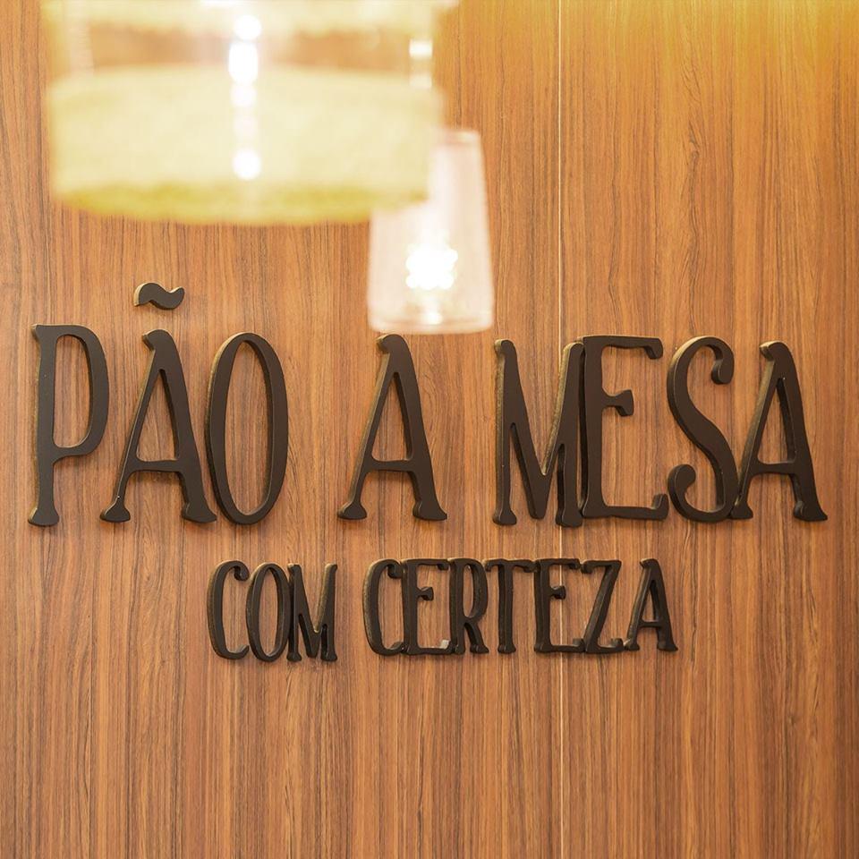 Restaurante Pão à Mesa Com Certeza